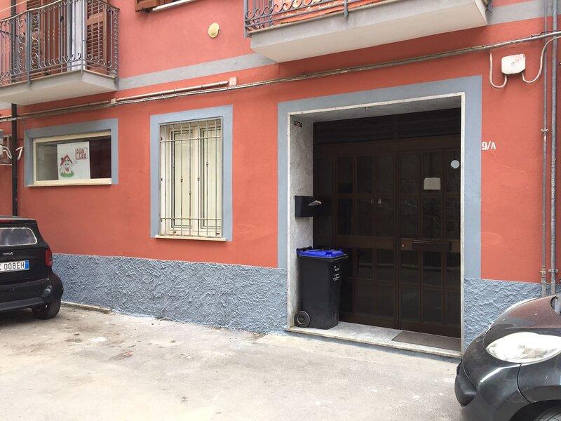 Appartamento proprio in centro città, vicino a tutto quello che serve.., Ferienwohnung in Acerno