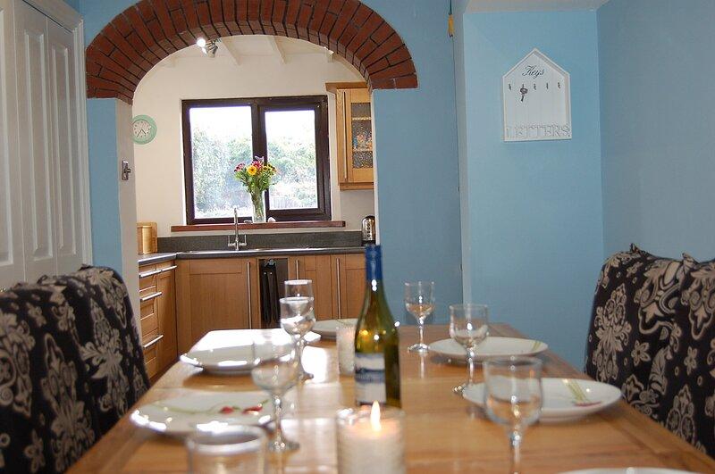Idris View Holiday Home, aluguéis de temporada em Bryncrug