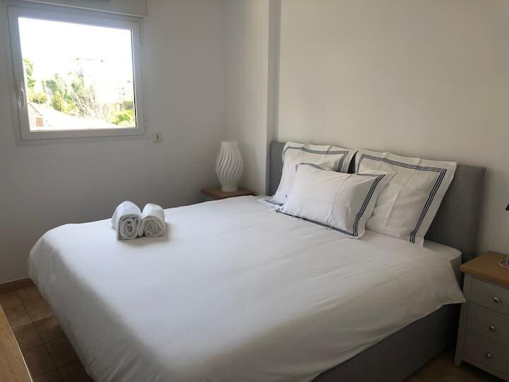 2 Bedroom Sea View Monaco Terrace, casa vacanza a Monaco-Ville