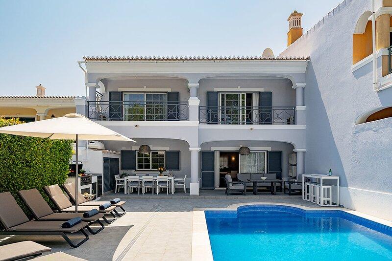 Villa Carmel, casa vacanza a Salir