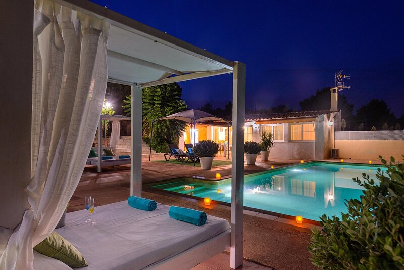 Enjoy this amazing chillout area by the pool