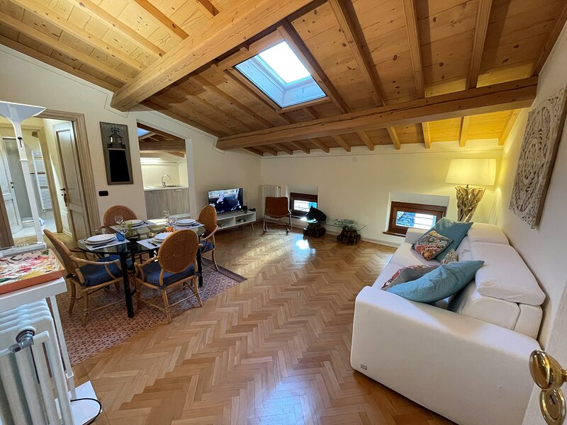 Attic 1, holiday rental in Cavalcaselle
