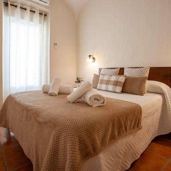 Casa Rural La Salamandrija, holiday rental in Province of Badajoz