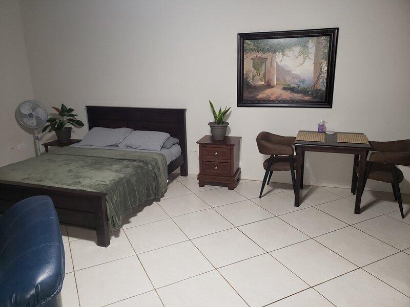 Arubabound Econimic Rentals, holiday rental in Oranjestad