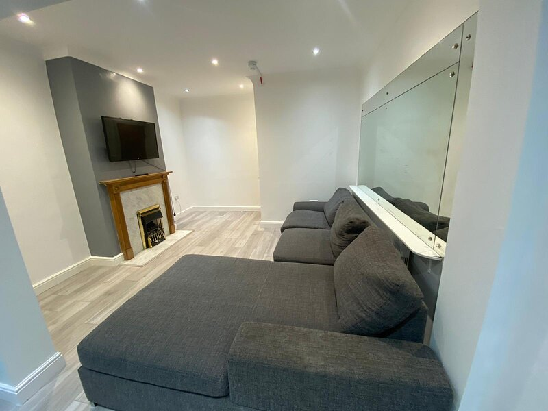 Beautiful House in SE London with a huge garden, holiday rental in Welling