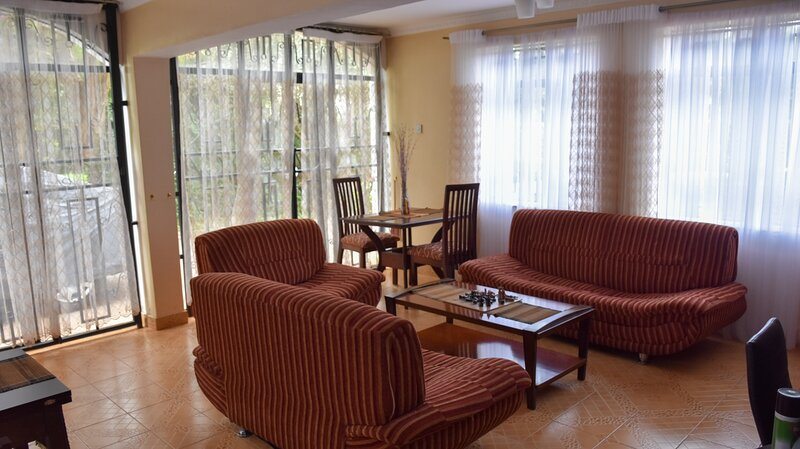 Two Bedroom Fully furnished in Runda, vacation rental in Ruaka