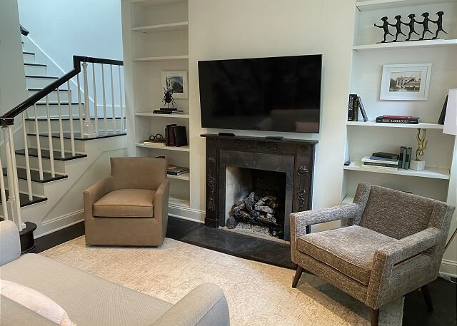 Georgetown Quintessentail Home, 3 BR 2 BA + office and patio, vacation rental in Arlington