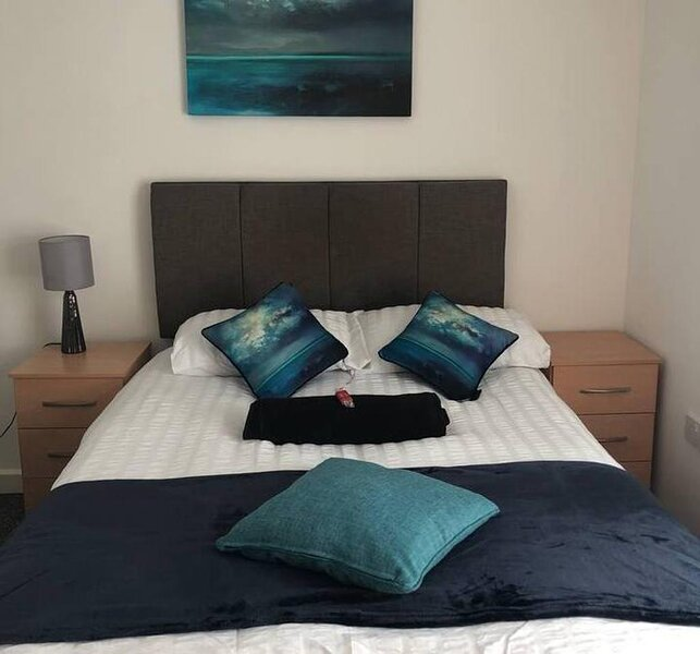 Lovely 4-Bed House in Liverpool, alquiler de vacaciones en New Brighton