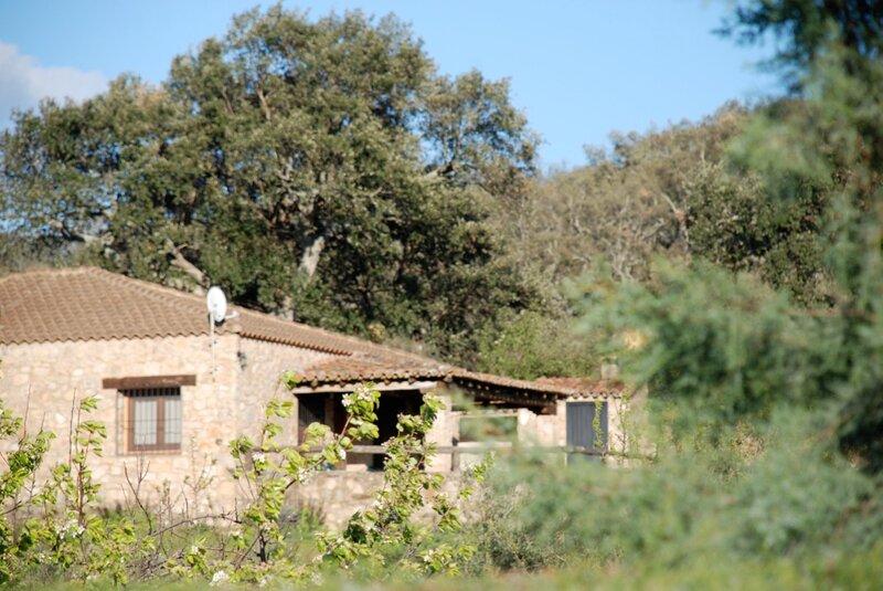 Casa para 6 personas en San Vicente De Alcantara, holiday rental in Mosteiros