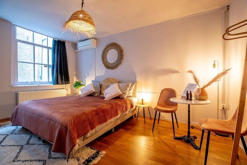 Bambu Sleep Boutique double room 2, aluguéis de temporada em Haarlem