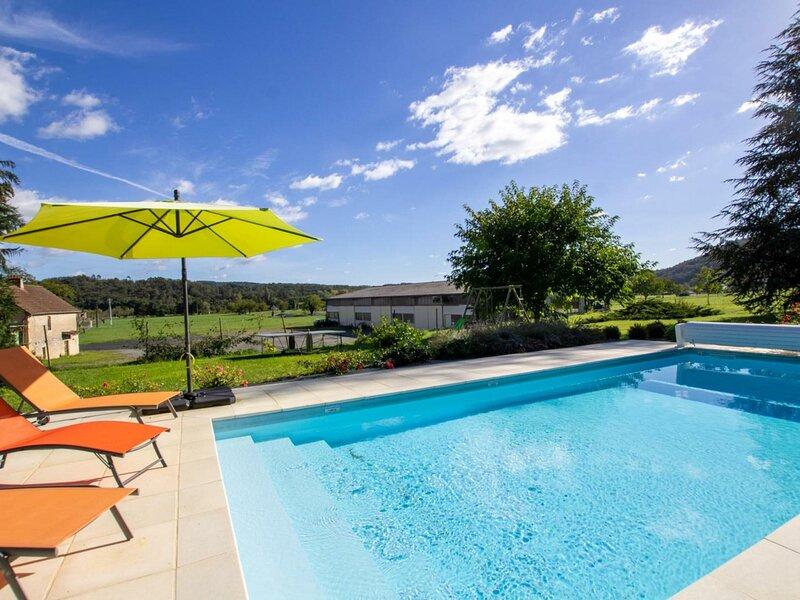 Location Gîte Montignac, 4 pièces, 5 personnes, holiday rental in Saint-Leon-sur-Vezere