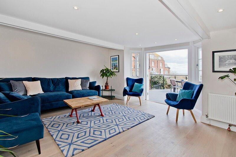 Ockman House | The Best View in Rye | Sleeps 8, aluguéis de temporada em Stone in Oxney
