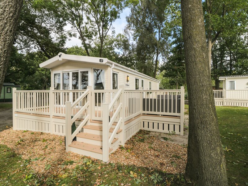 GW28 at Goosewood Holiday Park Lodge, Huby, holiday rental in Alne