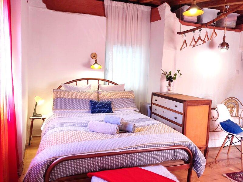 Sandomil Riverbeach Tiny House, aluguéis de temporada em Seia