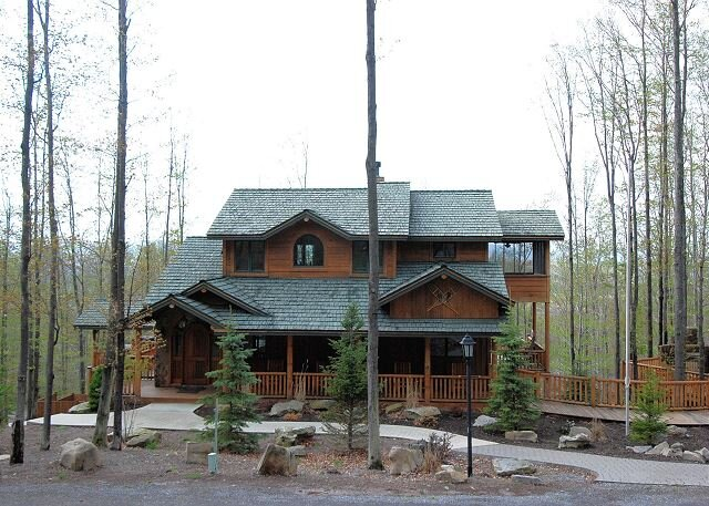 Big or Little this Bear is sure to become a family vacation favorite., holiday rental in Canaan Valley