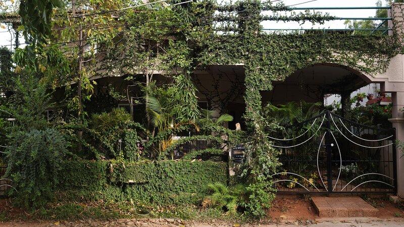 The Gokulam Guest House - Tunga room, location de vacances à Mysore District