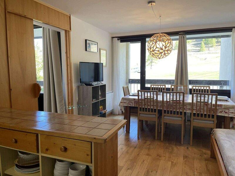 Grande location à la montagne 8 Pax, Montgenèvre., vacation rental in Cervieres