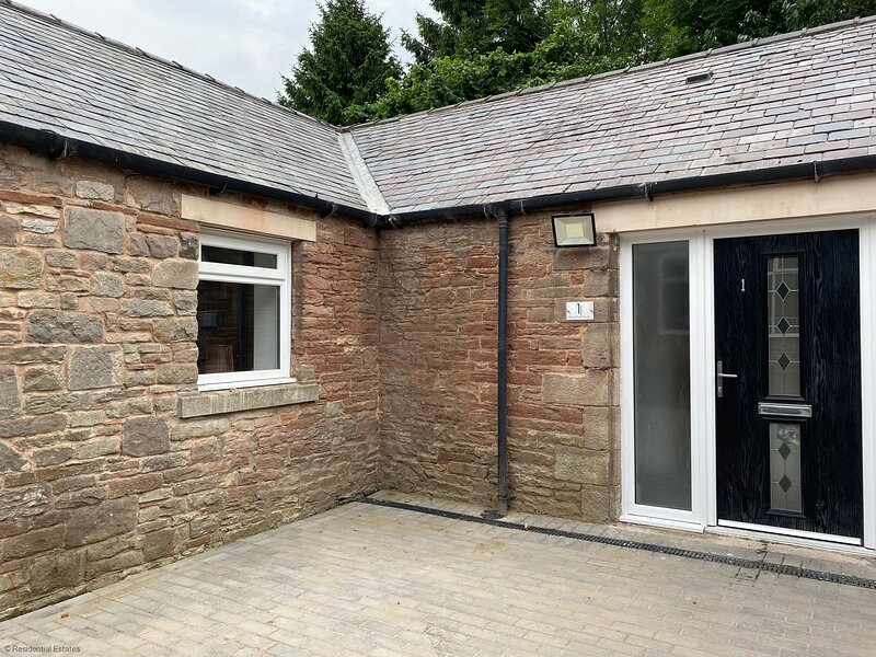 1 Blencathra House - 2 Bed, holiday rental in Bolton
