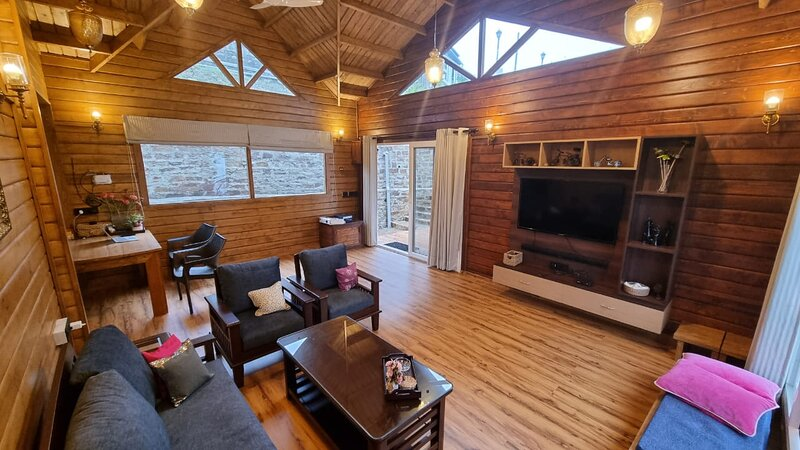 Himvarsha Chalet Forestiere, holiday rental in Almora District