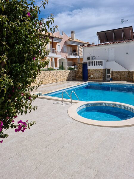Apartments Cabrita, alquiler de vacaciones en Olhos de Água