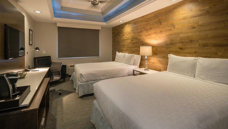 The Row by Kasa | Santana Row, Near Nightlife + Dining | Queen Junior Suite, holiday rental in Campbell