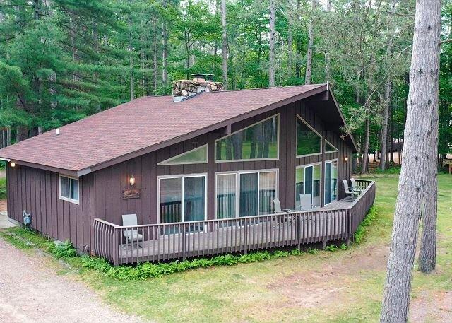 Deerpath - Elbert's - Hiller Vacation Homes - Free WIFI, casa vacanza a Lake Tomahawk