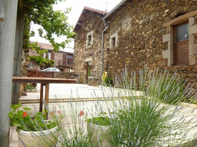 Chez la Jeanne, holiday rental in Chanaleilles