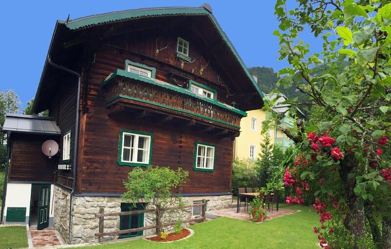 Your chalet on the sunny side of Gastein, vacation rental in Bad Gastein