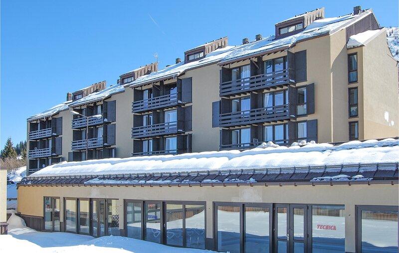 Nice apartment in Vason with 3 Bedrooms (IDD328), alquiler vacacional en Trento