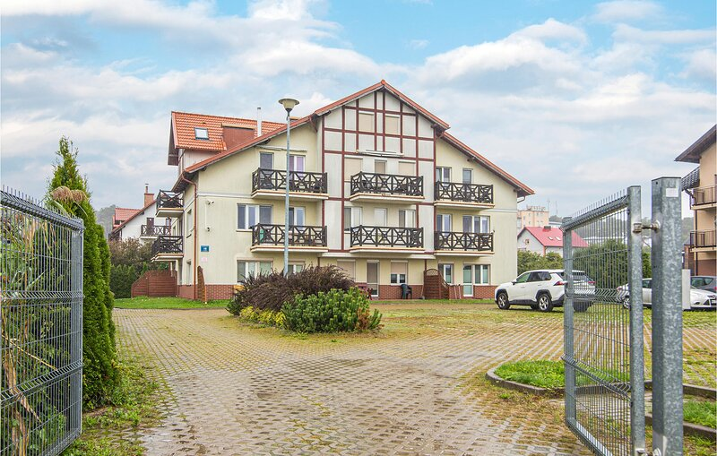 Amazing apartment in Krynica Morska with 1 Bedrooms (PPO349), casa vacanza a Frombork