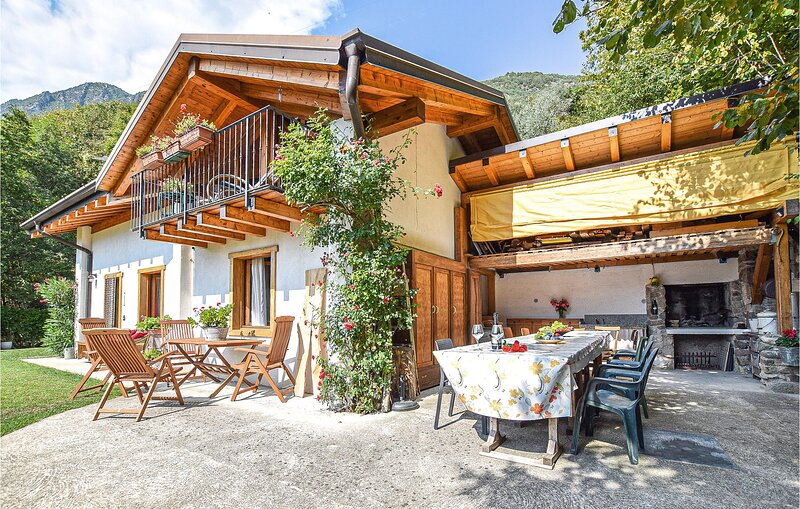 Amazing home in Bagolino with 1 Bedrooms (IVD175), location de vacances à Vesta