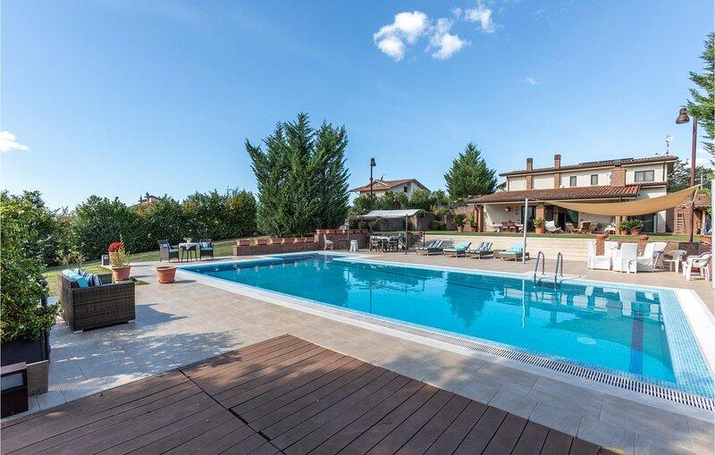 Villa Maria Teresa (IKL129), holiday rental in Cantalupo nel Sannio