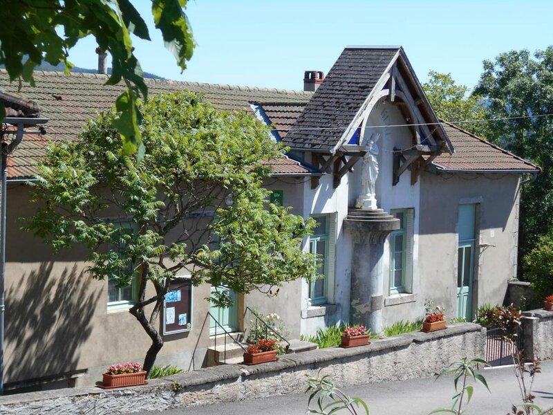 Le Saillant, aluguéis de temporada em Ferrieres-sur-Sichon