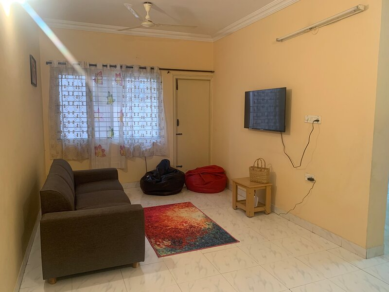 Inviting 2-Bed Apartment super fast wifi, holiday rental in Harlūr