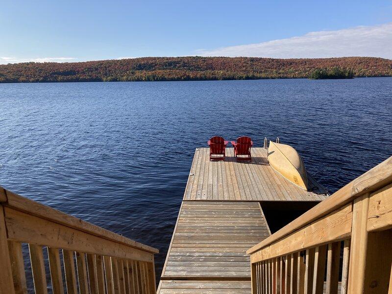 Four Season Muskoka Lakefront Rental, holiday rental in Kearney
