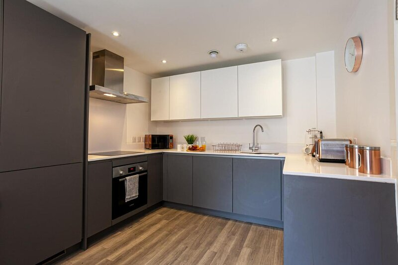 TruStay Apartments Manchester - Stunning Two-Bedroom Serviced Apartment, casa vacanza a Prestwich