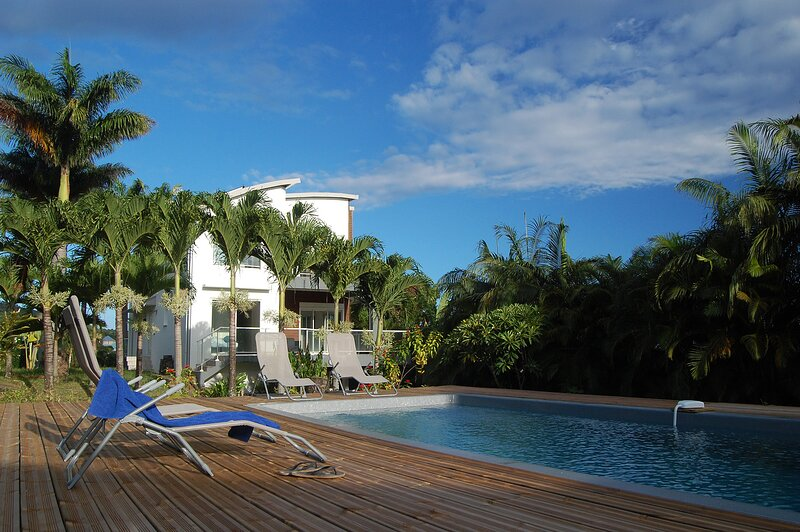 Villa Annadele - calme et vue exceptionnelle, vacation rental in Langevin