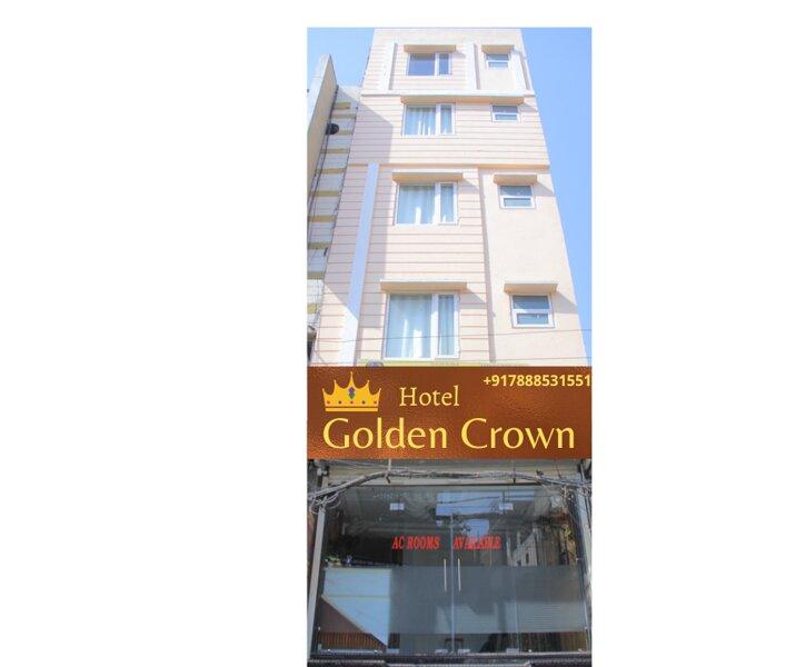Hotel Golden Crown- hotel near golden temple, casa vacanza a Amritsar