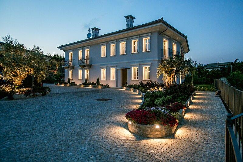 Villa Nonna Cicci B&B - SPA, aluguéis de temporada em Monta