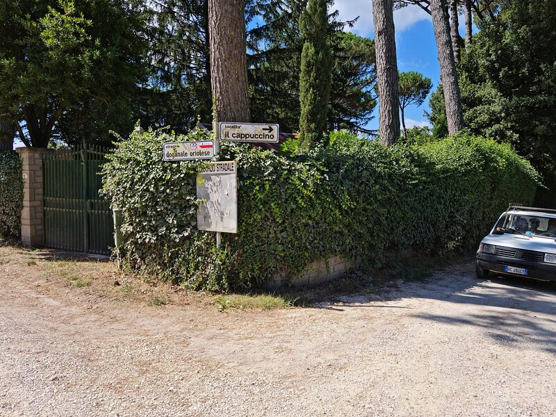 Lovely 3-Bed Villa in Capranica, vacation rental in Vetralla