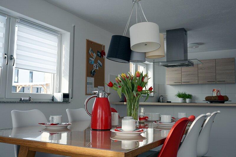 Ankommen - Wohlfühlen - Genießen Ferienwohnung Blautopf mit kostenloser AlbCard, vacation rental in Hohenstadt