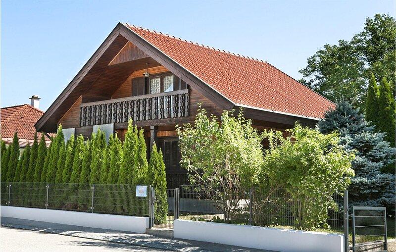 Amazing home in Stegersbach with WiFi and 2 Bedrooms (ABU182), alquiler de vacaciones en Eberau