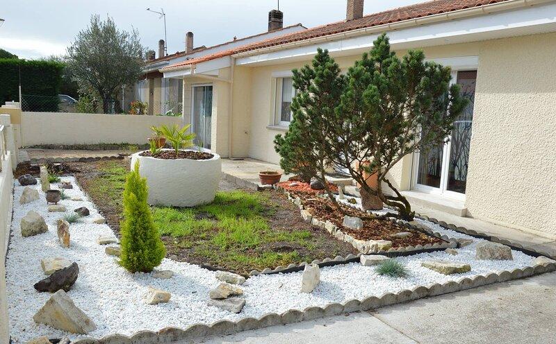 Charming Pavillon Bordelais accomodation Whole, aluguéis de temporada em Martignas-Sur-Jalle