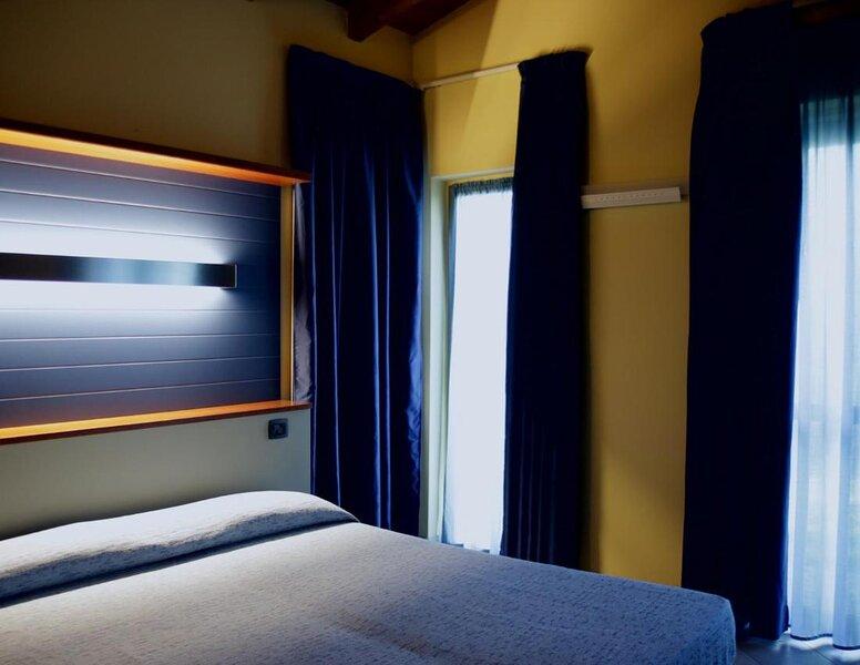Alba Village Hotel 3 stelle, casa vacanza a Diano d'Alba