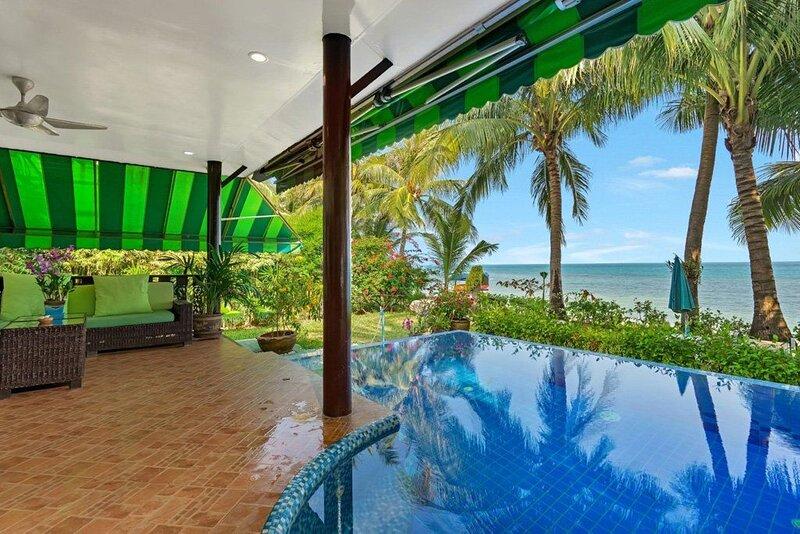 Spacious villa with swimming-pool, vacation rental in Ang Thong