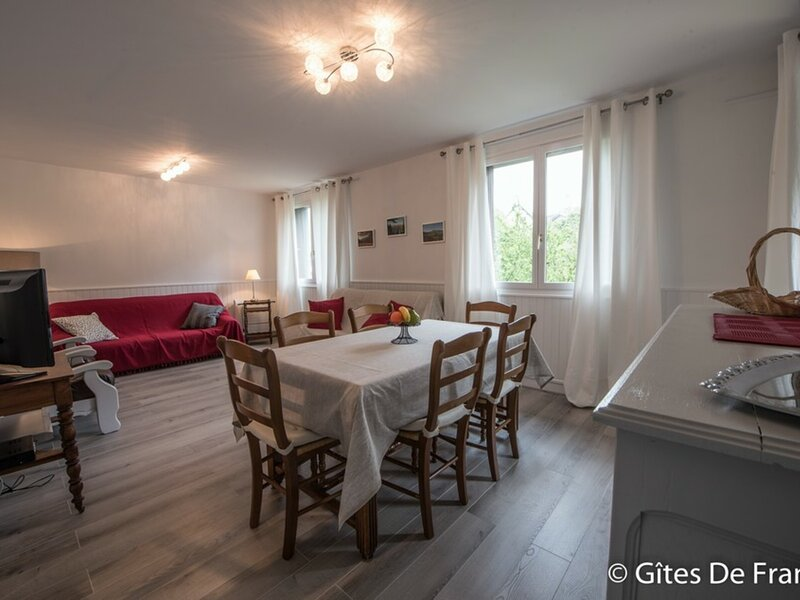 BESSE-ET-SAINT-ANASTAISE - 5 pers, 73 m2, 3/2, holiday rental in La Godivelle