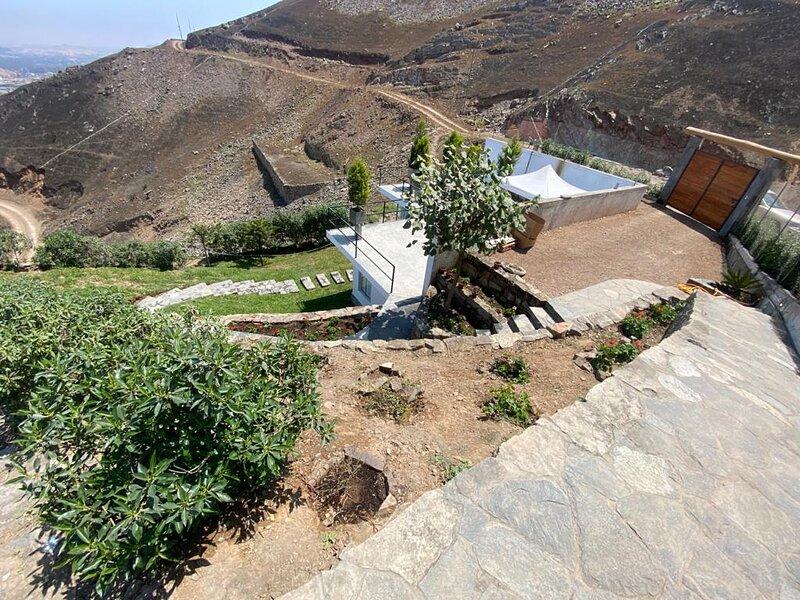 CASA EN LADERA DE CERRO con espectacular vista, holiday rental in Chaclacayo