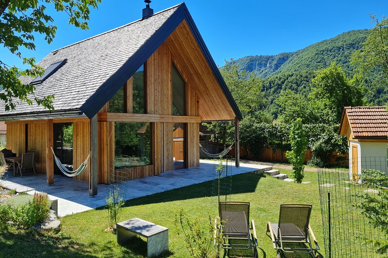 Chalet Bale-Bale, holiday rental in Cabar