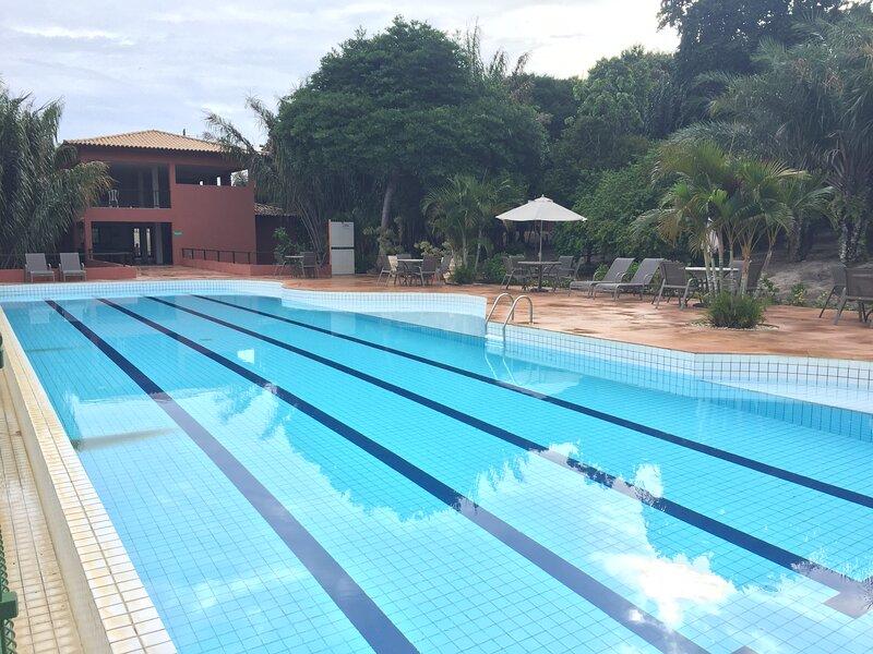 Apartamento Duplex na Praia do Forte, alquiler de vacaciones en Mata de Sao Joao