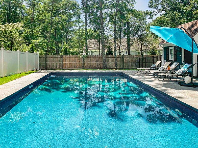 13001 - Pool Break, alquiler vacacional en Osterville